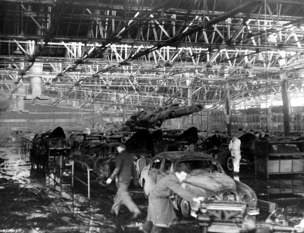 1957 fire at Jaguar's Browns Lane plant