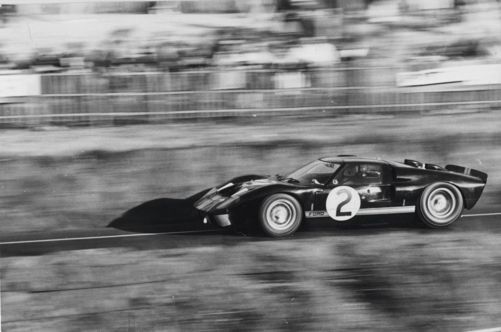 Image: 1966 Ford GT40 at Le Mans, size: 1024 x 679, type: gif, posted on: February 20, 2014, 1 ...