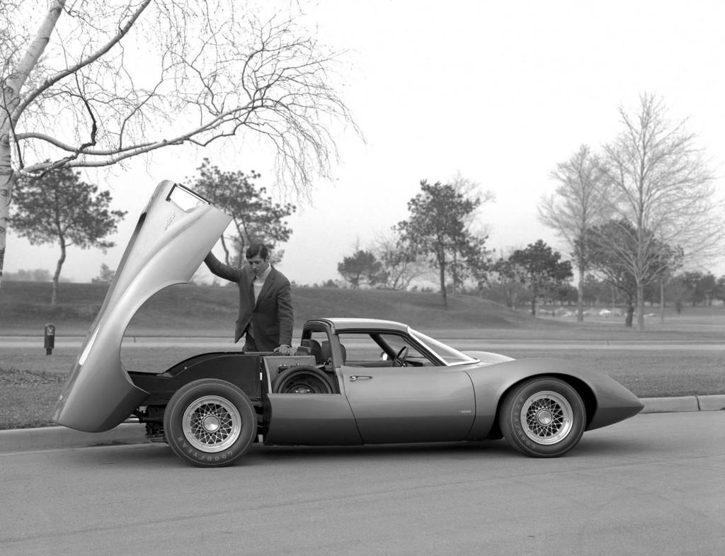 1968 Chevrolet Astro II XP880, image via General Motors