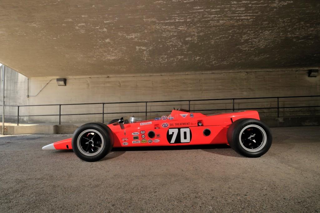 Image: 1968 STP Lotus Type 56/3 turbine-powered Indy car ...