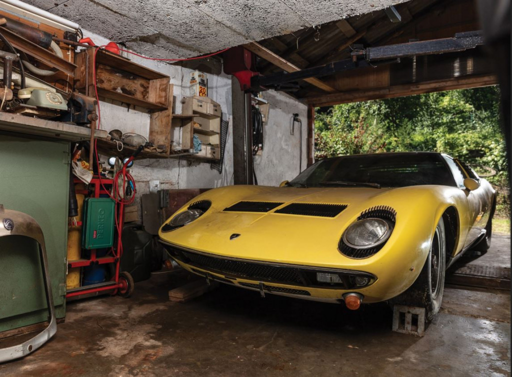 1969 Lamborghini Miura P400 S garage find to could fetch $1M or more