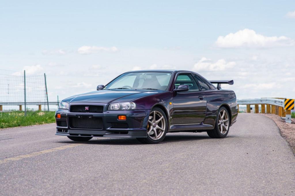 1999 Nissan Skyline GT-R V-Spec (R34) - Photo credit: Bring a Trailer