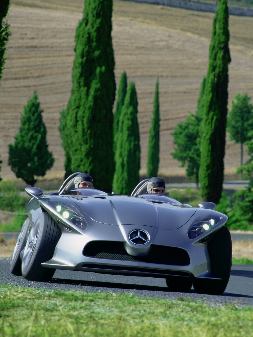 2001 Mercedes-Benz F400 Carving concept