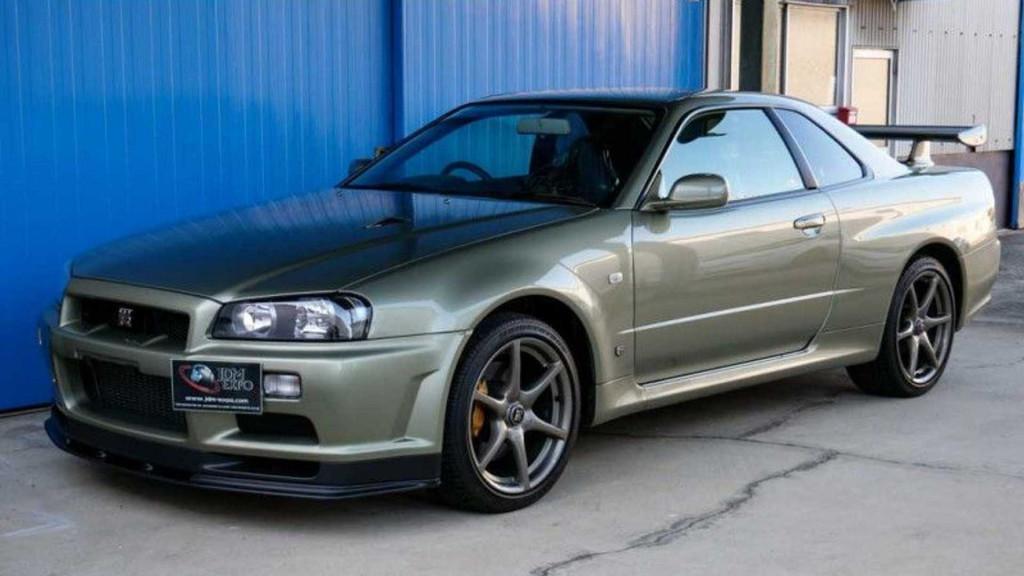 225 Mile R34 Nissan Skyline Gt R V Spec Ii Nur For Sale