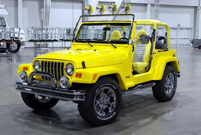 image 2002 american expedition vehicle jeep wrangler scrambler concept size 650 x 435 type. Black Bedroom Furniture Sets. Home Design Ideas