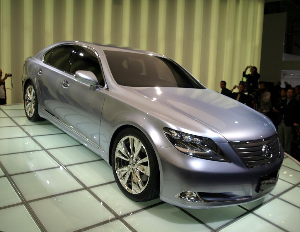 2005 Lexus LF-Sh concept