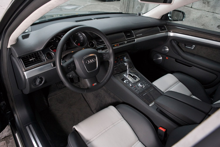 Image: 2007 Audi S8, size: 750 x 500, type: gif, posted on: November