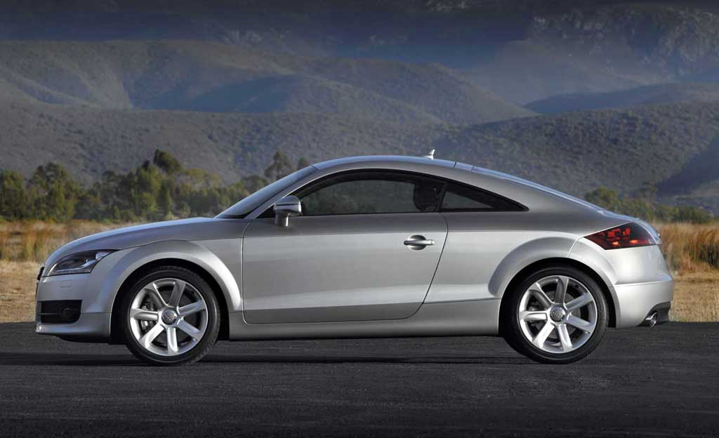 2007 Audi TT Coupe - side