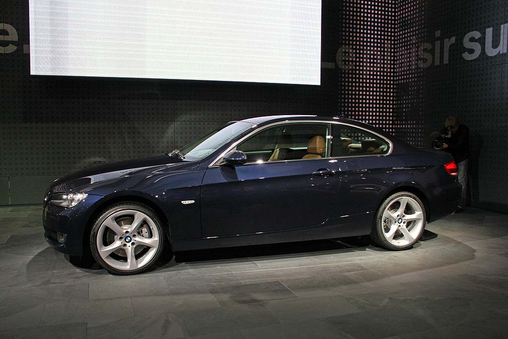 image 2007 bmw 3 series coupe paris auto show size. Black Bedroom Furniture Sets. Home Design Ideas