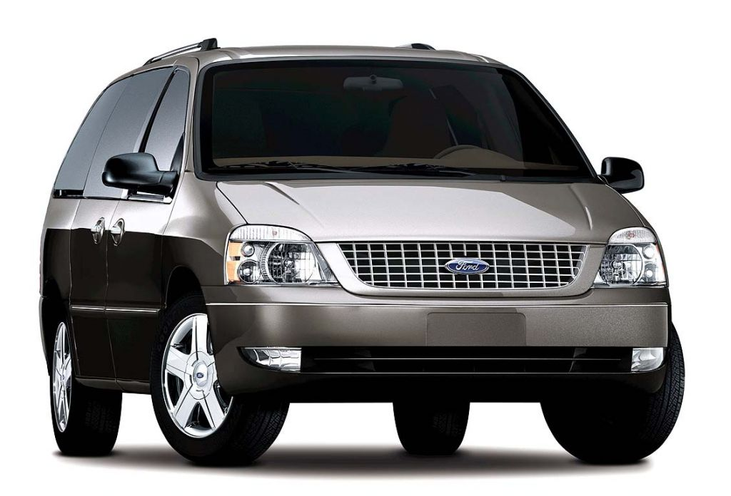 ford recalls  minivans  rust issue