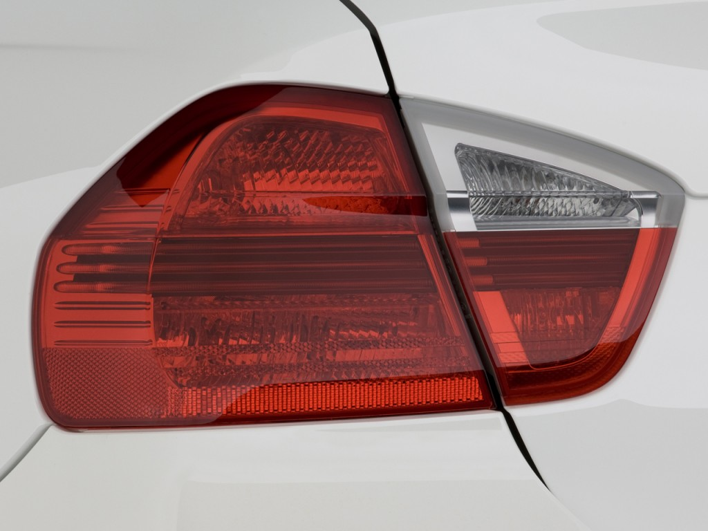 image 2008 bmw 3 series 4 door sedan 328i rwd tail light. Black Bedroom Furniture Sets. Home Design Ideas