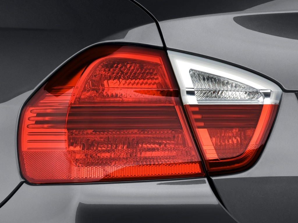 Image 2008 Bmw 3 Series 4 Door Sedan 335i Rwd Tail Light