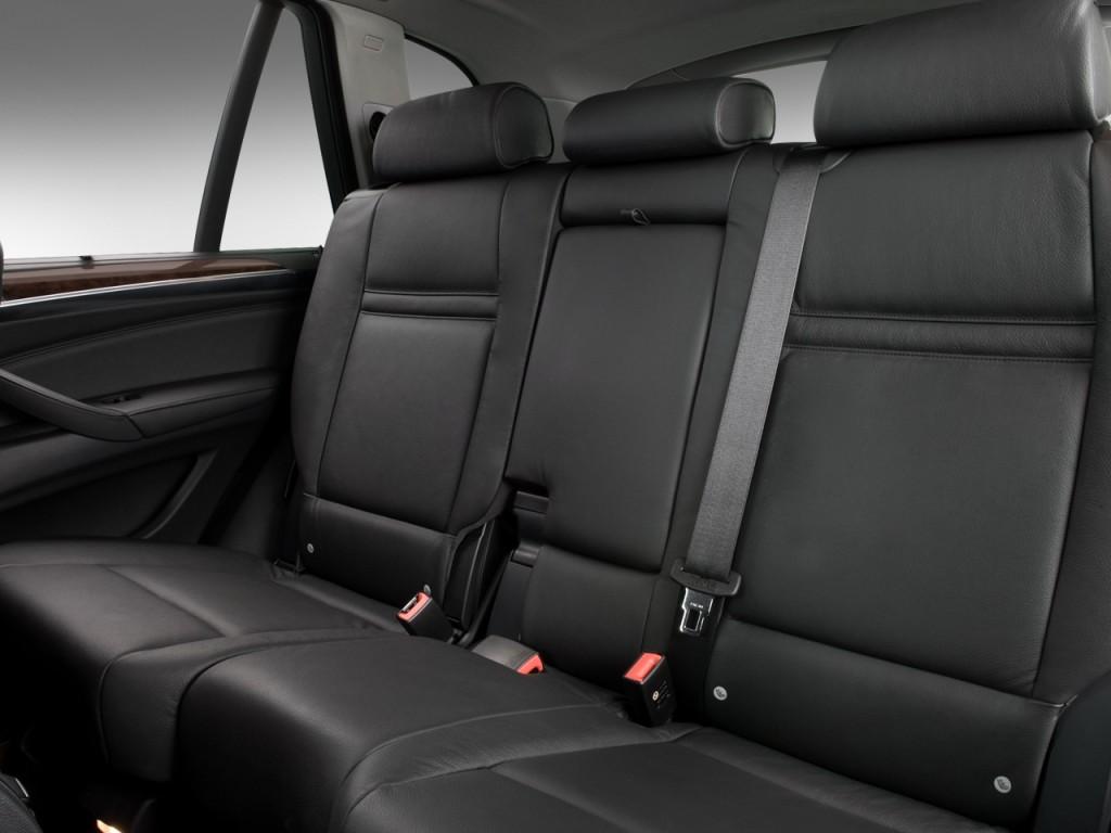 2008 BMW X5 Series AWD 4 Door 3.0si Rear Seats