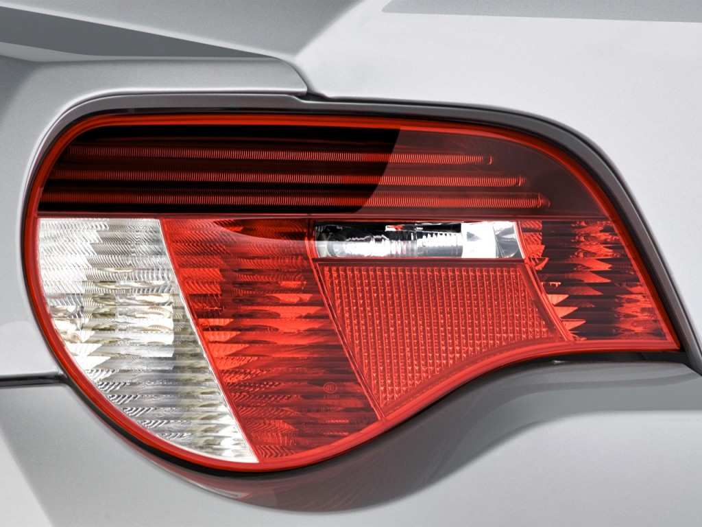 Image 2008 Bmw Z4 Series 2 Door Coupe 3 0si Tail Light