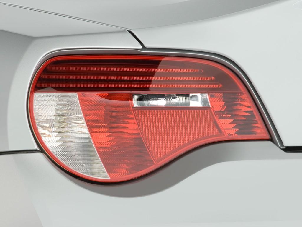 Image 2008 Bmw Z4 Series 2 Door Roadster M Tail Light