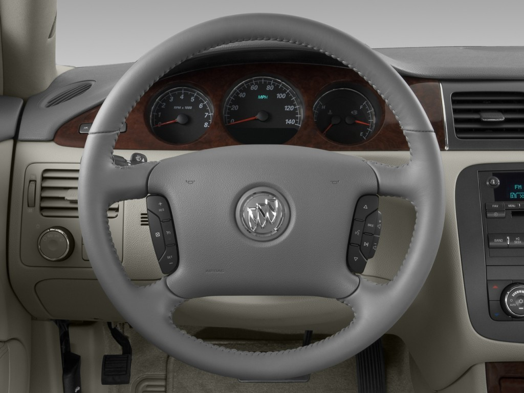 Image: 2008 Buick Lucerne 4-door Sedan V6 CXL Steering ...