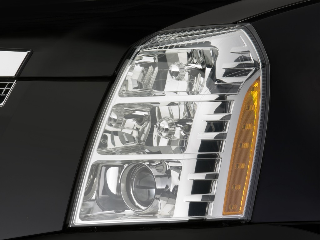Image: 2008 Cadillac Escalade EXT AWD 4-door Headlight ...