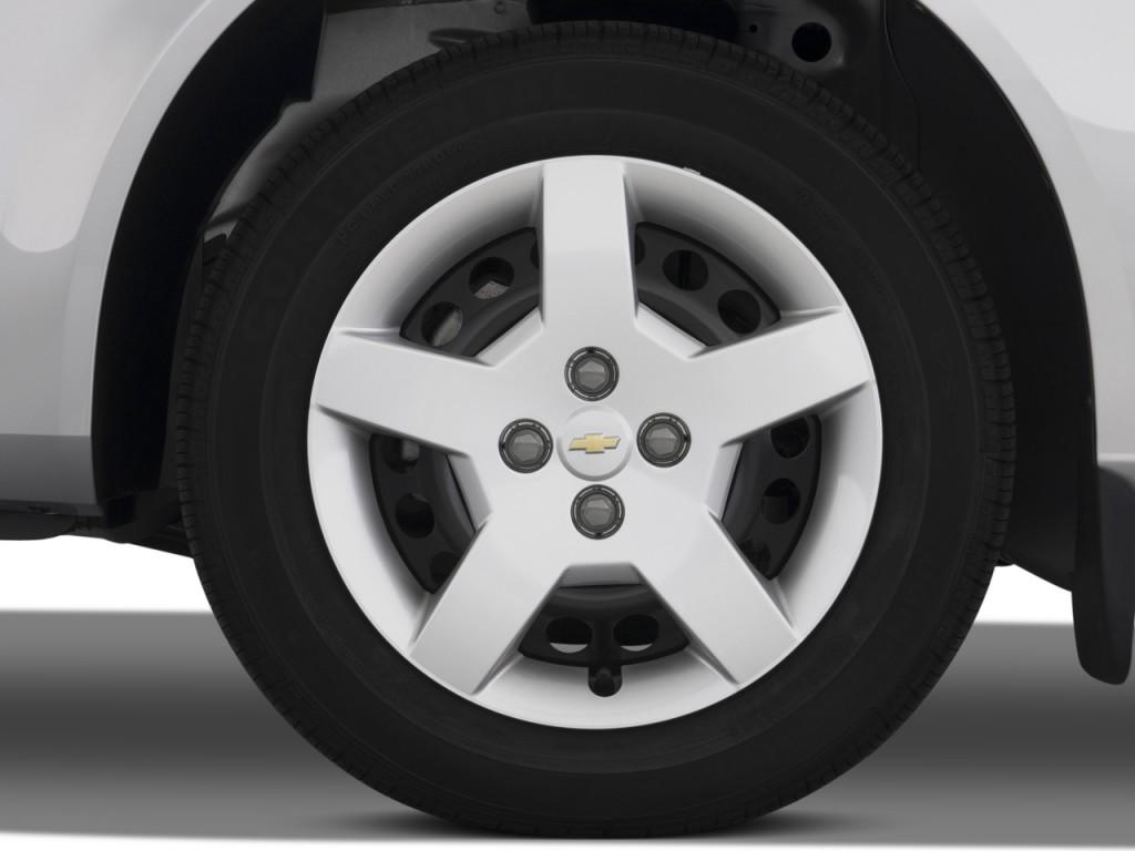 Image: 2008 Chevrolet Cobalt 2-door Coupe LS Wheel Cap ...