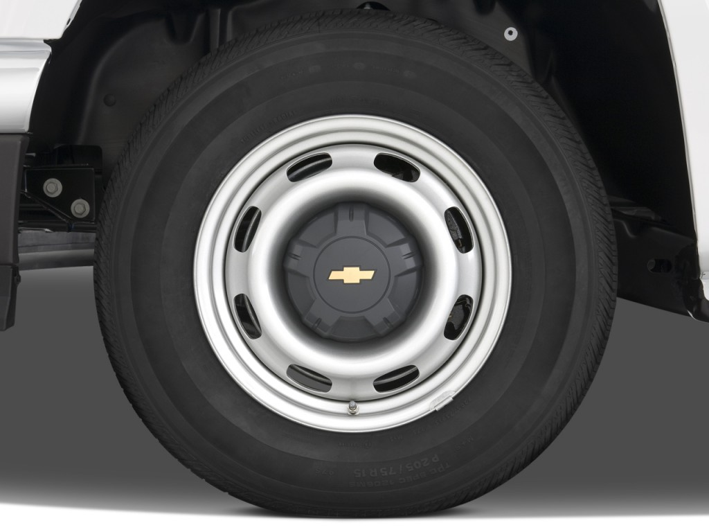 "Image: 2008 Chevrolet Colorado 2WD Reg Cab 111.2"" Work Truck Wheel Cap, size: 1024 x 768, type ..."