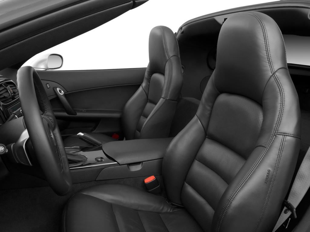 Image: 2008 Chevrolet Corvette 2-door Coupe Front Seats ...