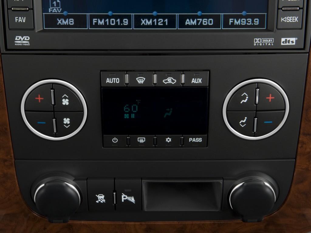 Image: 2008 Chevrolet Tahoe Hybrid 2WD 4-door Temperature ...