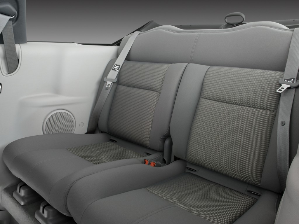 Image 2008 Chrysler Pt Cruiser 2 Door Convertible Rear Seats Size 1024 X 768 Type Gif