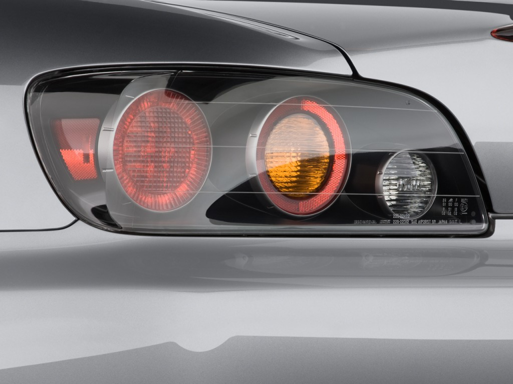 Image: 2008 Honda S2000 2-door Convertible Tail Light ...