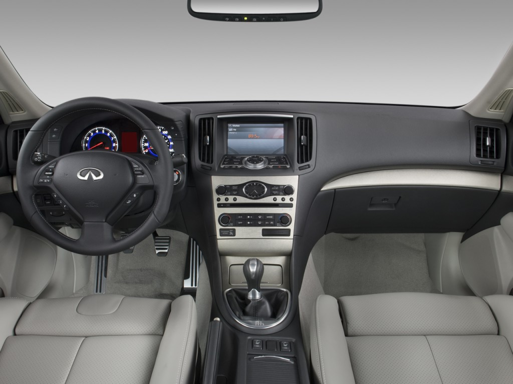 image 2008 infiniti g35 sedan 4 door sport rwd dashboard. Black Bedroom Furniture Sets. Home Design Ideas