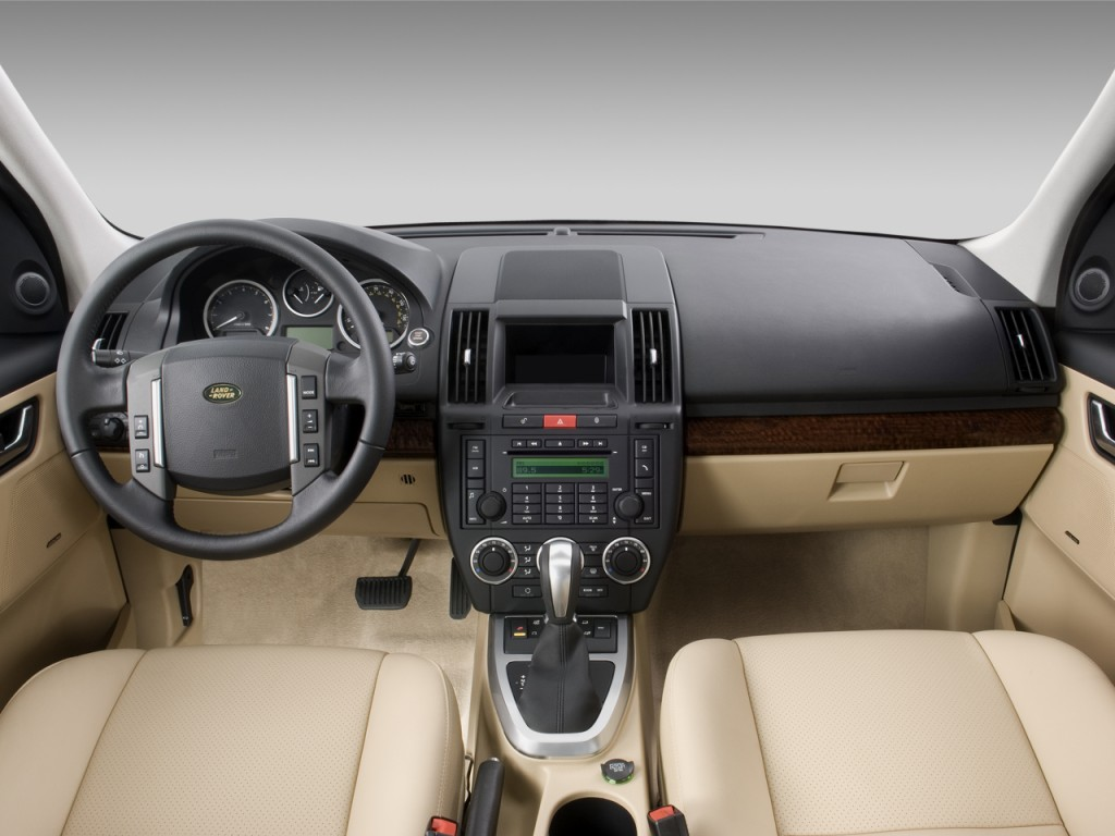 image 2008 land rover lr2 awd 4 door se dashboard size 1024 x 768 type gif posted on. Black Bedroom Furniture Sets. Home Design Ideas