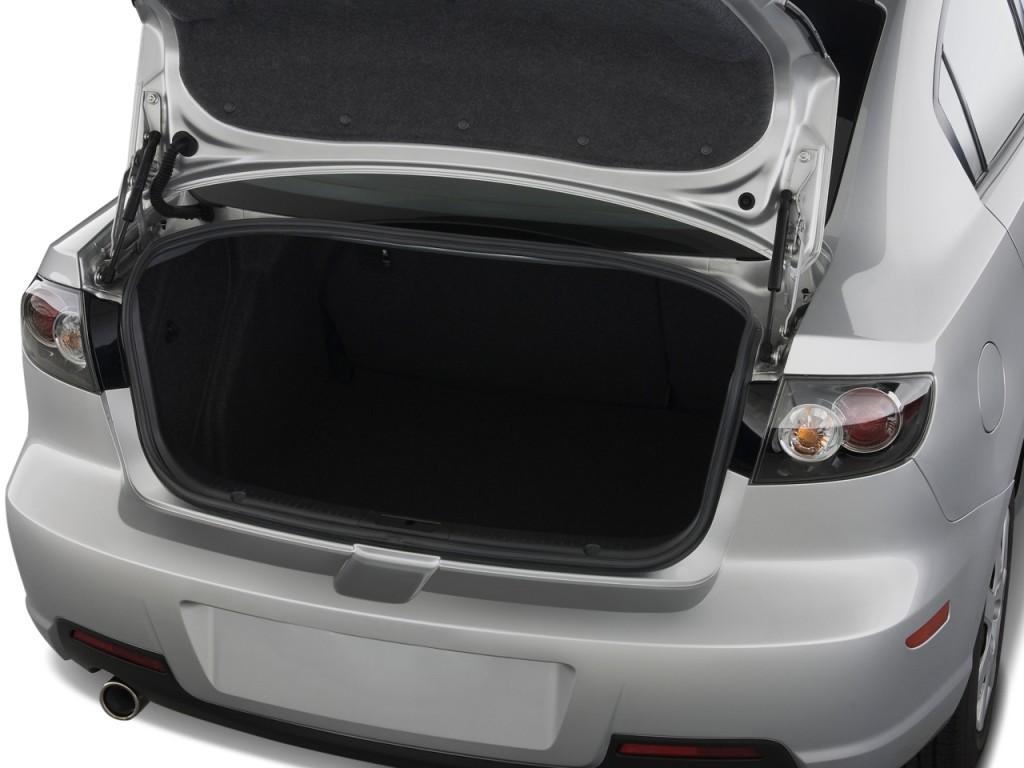 Image: 2008 Mazda MAZDA3 4-door Sedan Auto s Touring Trunk ...