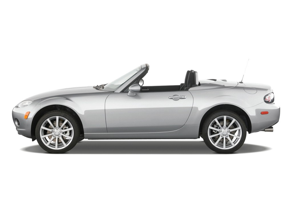 Beau 2008 Mazda MX 5 Miata 2 Door Convertible PRHT Man Touring Side Exterior View