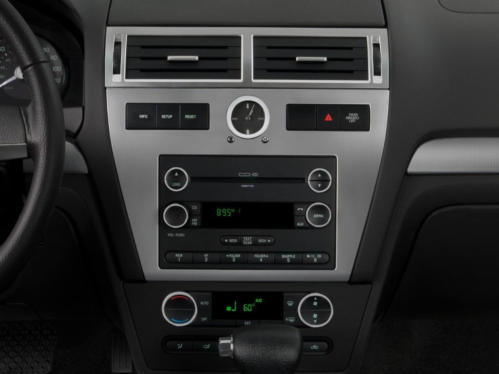 image 2008 mercury milan 4 door sedan i4 premier fwd. Black Bedroom Furniture Sets. Home Design Ideas