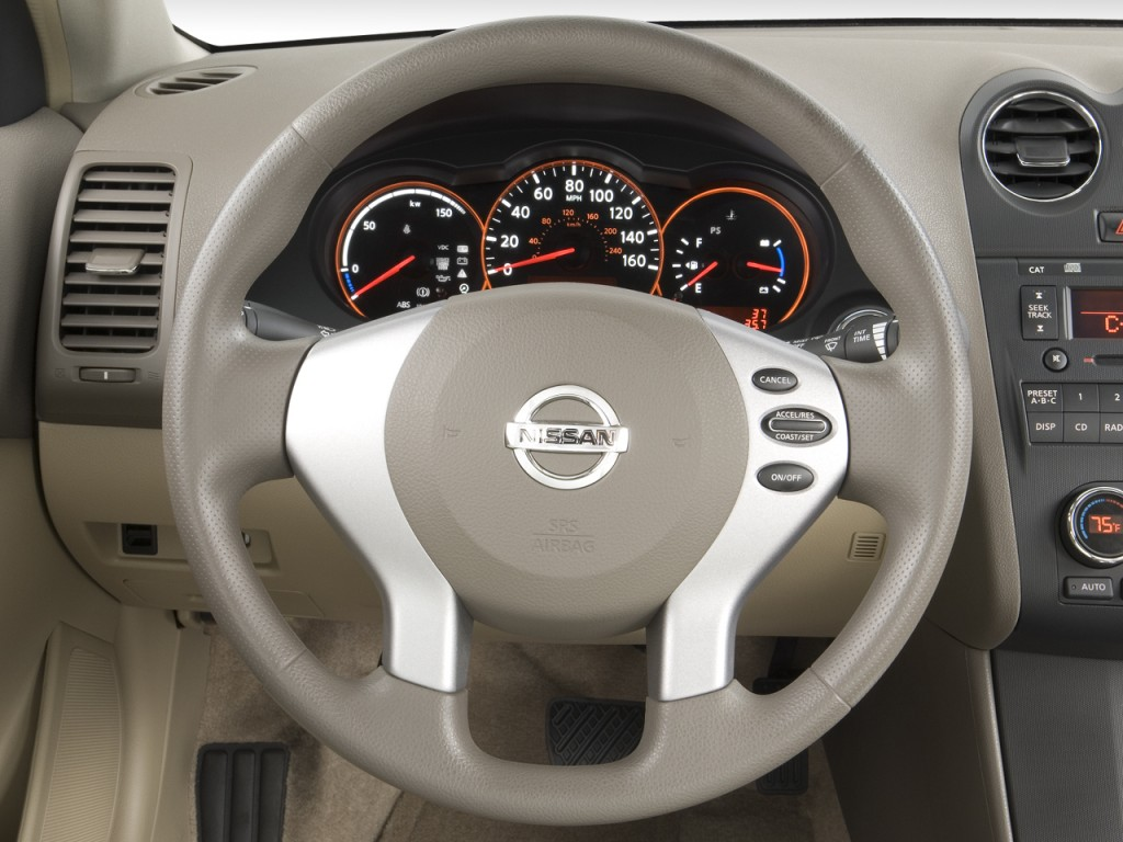 Nissan Altima Hybrid Door Sedan I Ecvt Hybrid Steering Wheel L