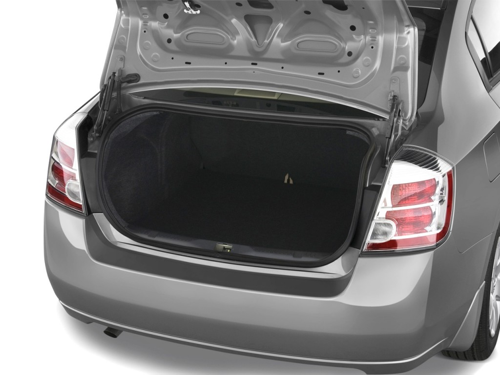 Image: 2008 Nissan Sentra 4-door Sedan CVT 2.0 Trunk, size ...