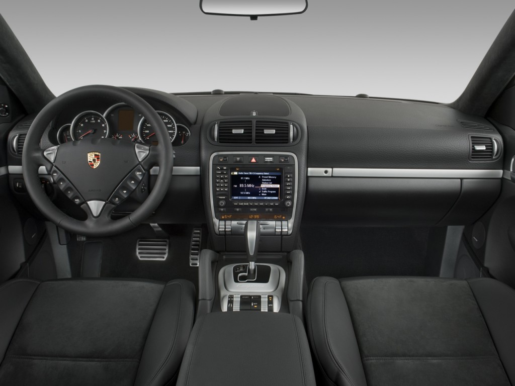 Image 2008 Porsche Cayenne Awd 4 Door Gts Tiptronic