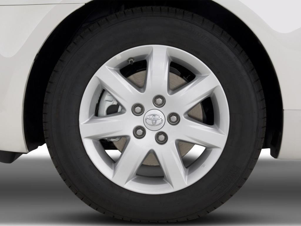 image 2008 toyota avalon 4 door sedan xl natl wheel cap. Black Bedroom Furniture Sets. Home Design Ideas