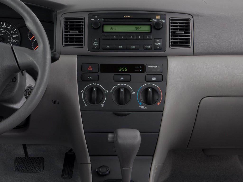 Image: 2008 Toyota Corolla 4-door Sedan Man CE (Natl ...