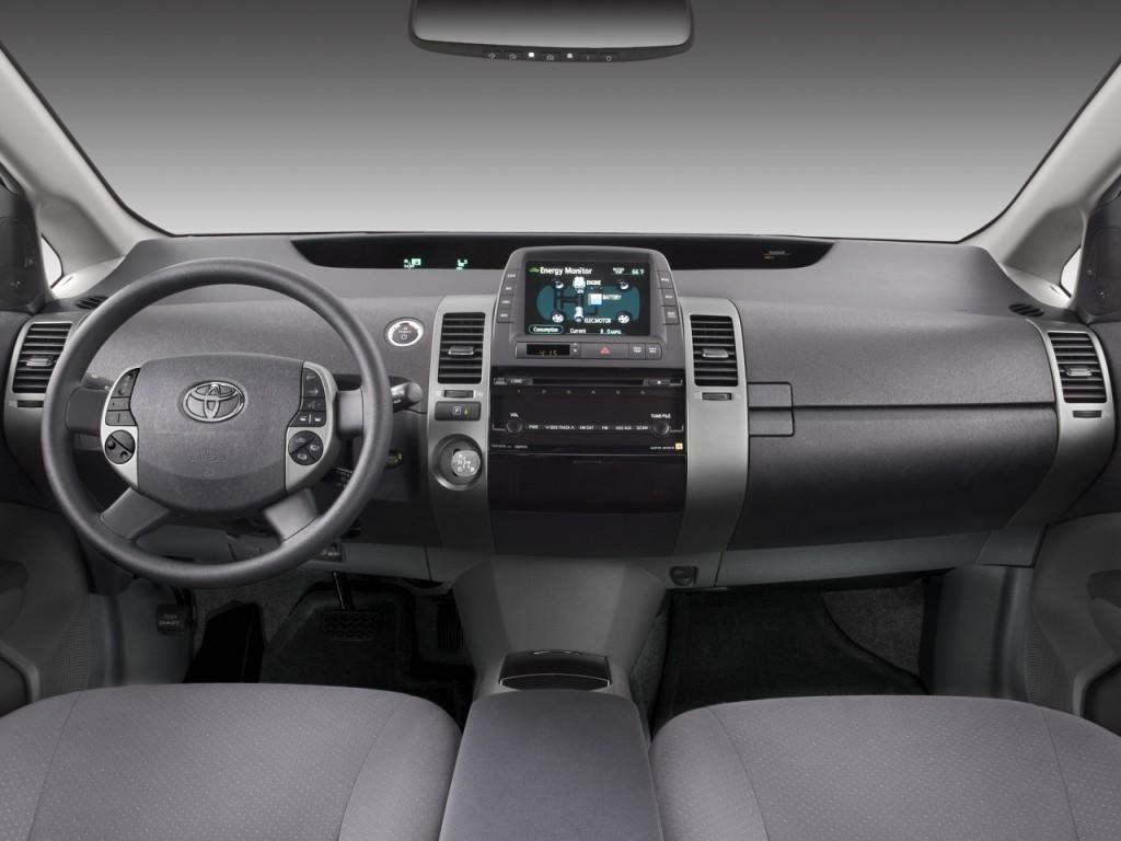 Image: 2008 Toyota Prius 5dr HB Base (Natl) Dashboard ...