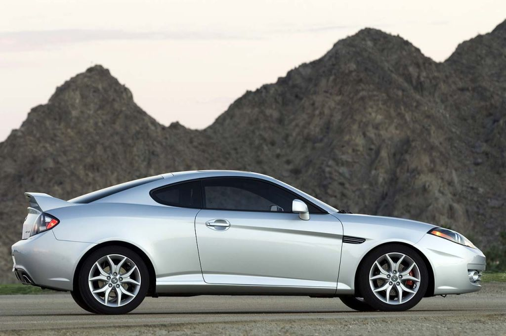 New And Used Hyundai Tiburon Prices Photos Reviews Specs The Car Connection