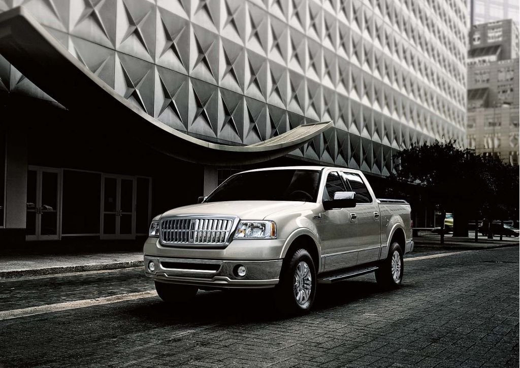 2008 Lincoln Mark Lt Review Ratings Specs Prices And Photos The Car Connection