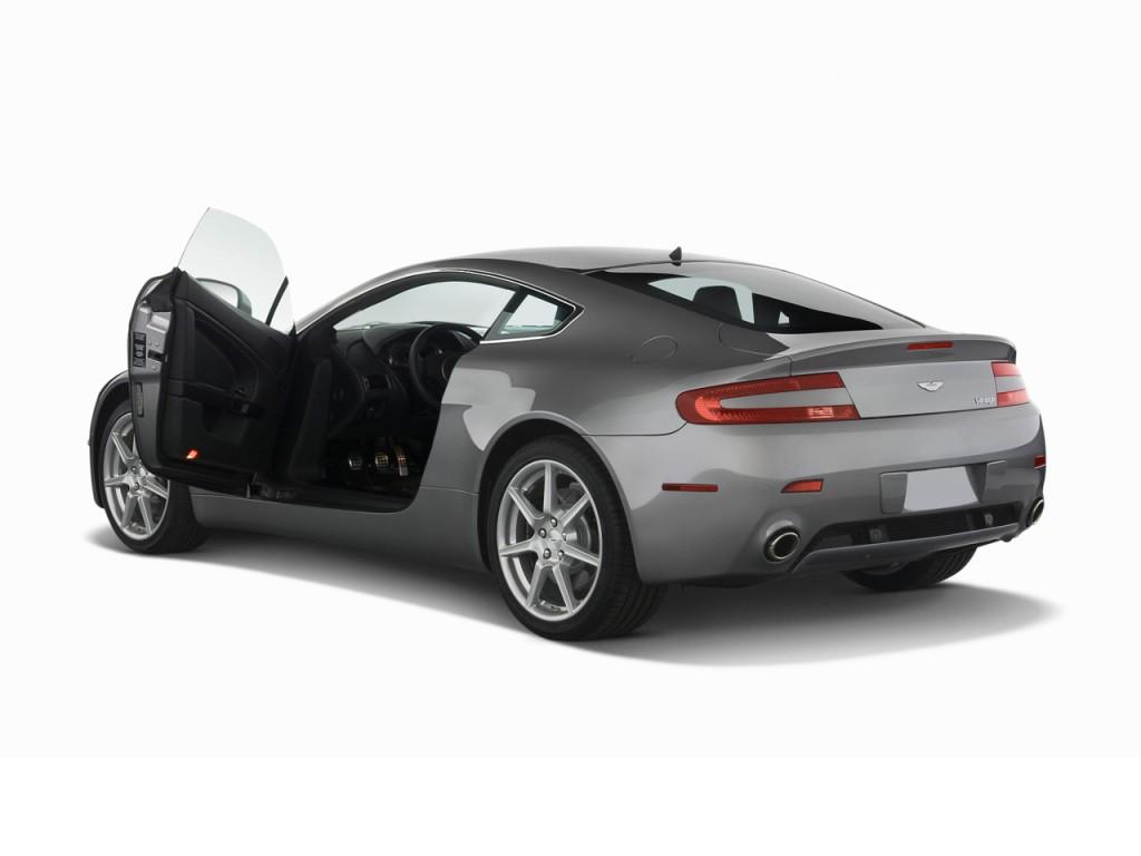 2009 Aston Martin Vantage 2-door Coupe Man Open Doors  sc 1 st  MotorAuthority & Image: 2009 Aston Martin Vantage 2-door Coupe Man Open Doors size ...