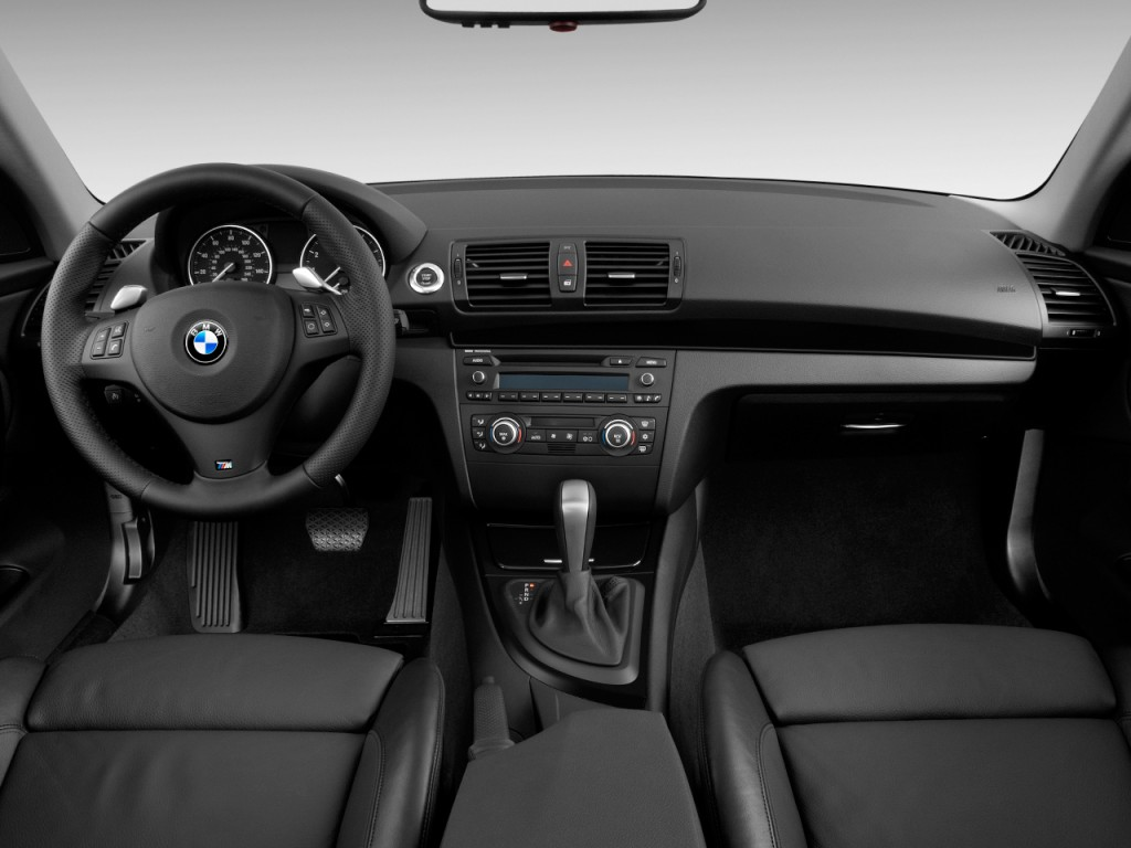 Image: 2009 BMW 1-Series 2-door Coupe 135i Dashboard, size ...