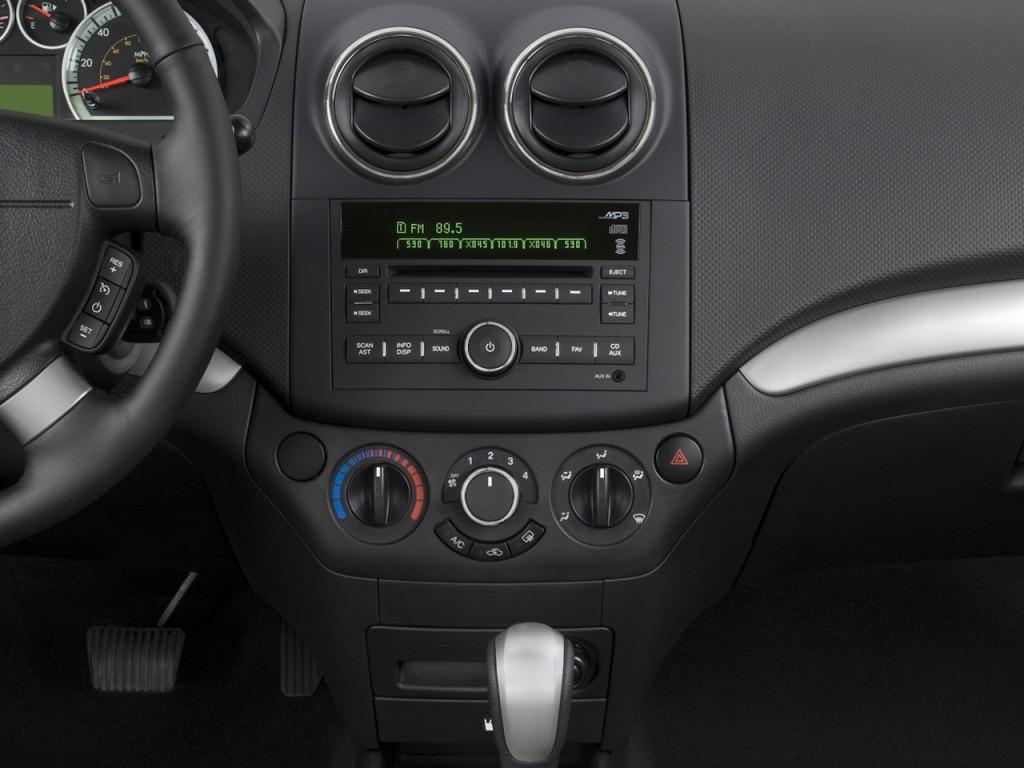 All Chevy chevy aveo 2009 : Image: 2009 Chevrolet Aveo 4-door Sedan LT w/1LT Instrument Panel ...