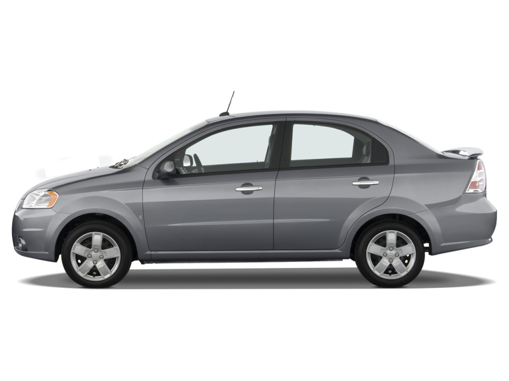 image 2009 chevrolet aveo 4 door sedan lt w 1lt side. Black Bedroom Furniture Sets. Home Design Ideas