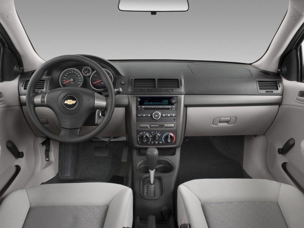 Image: 2009 Chevrolet Cobalt 2-door Coupe LS Dashboard ...