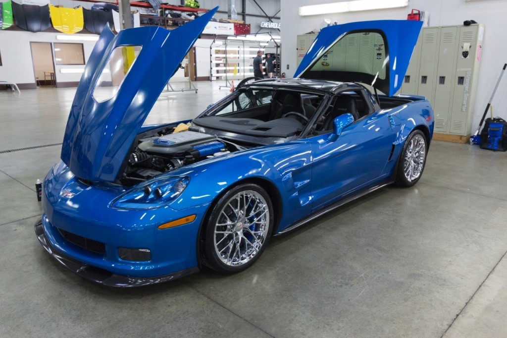 2009 Chevrolet Corvette ZR1 'Blue Devil' restoration