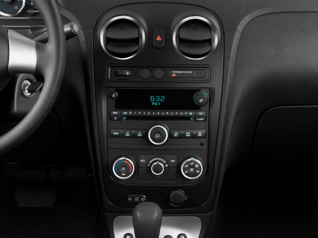 image 2009 chevrolet hhr fwd 4 door ls instrument panel. Black Bedroom Furniture Sets. Home Design Ideas