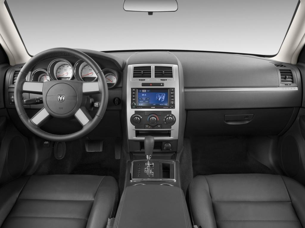 Image 2009 Dodge Charger 4 Door Sedan Sxt Rwd Dashboard