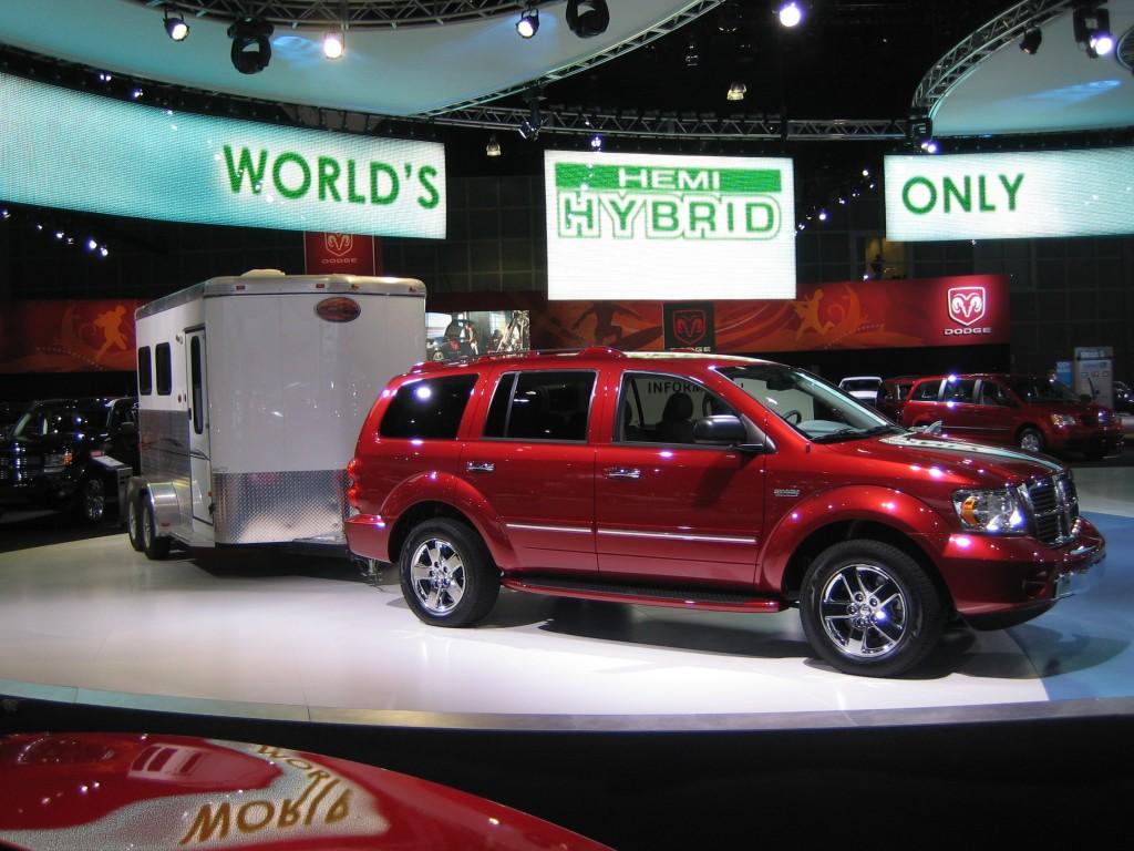2009 Dodge Durango Hybrid launch at 2007 Los Angeles Auto Show