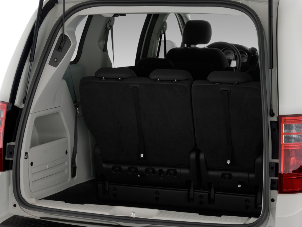Image: 2009 Dodge Grand Caravan 4-door Wagon SXT Trunk ...